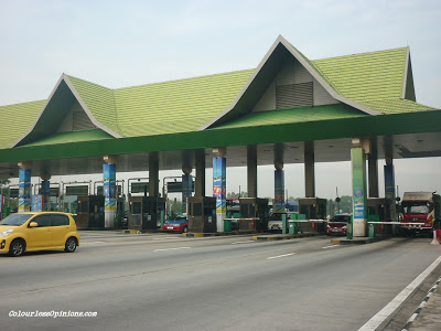 Batu Tiga Toll Plaza or Batu 3 Toll Subang Jaya