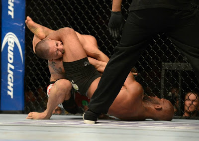 Johnson submits Moraga with an armbar in UFC on FOX 8