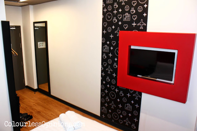 Tune Hotels KLIA2 room pictures photos
