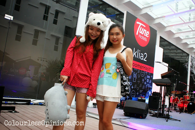 Pretty young bloggers and chicks at Tune Hotels KLIA2 Pyjama Party #RoomerHasIt