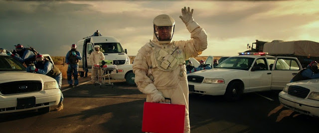 Lawrence Fishburne as Damon Nomad alien AI in The Signal 2014 movie still
