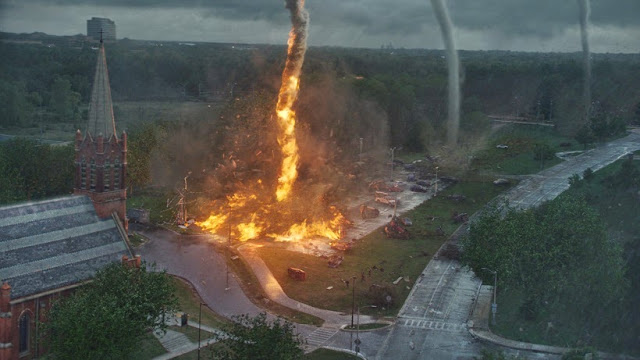 Tornado on fire in Into the Storm movie still