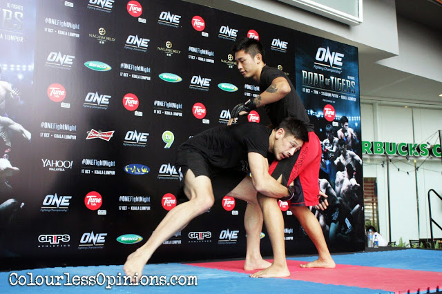 Peter Davis vs. Gianni Subba in Media Workout ONE FC 21 paradigm mall