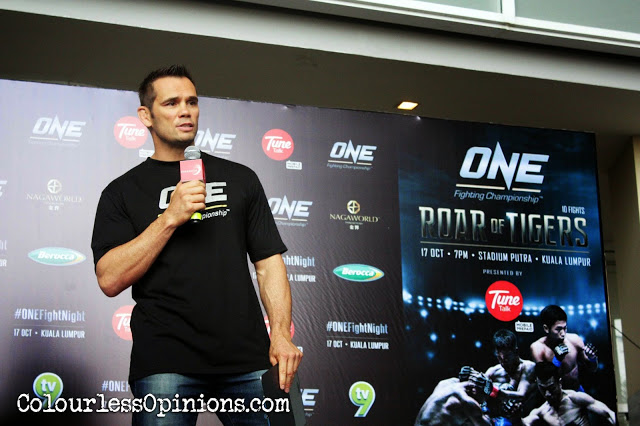 Rich Franklin Vice President ONE FC 21 at Media Workout Paradigm Mall KL Malaysia