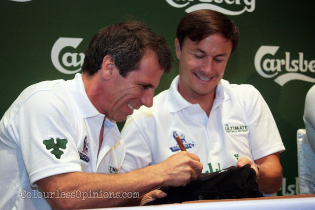 Gianfranco Zola and Dennis Wise Carlsberg Ultimate Football Retreat Malaysia signing autographs Carlsberg BPL Kampa shirt