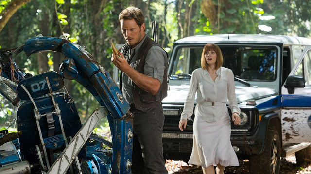 Jurassic World still image pratt howard