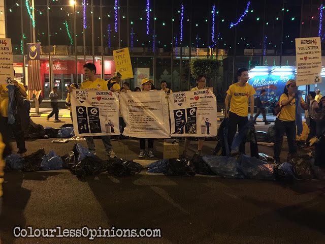 bersih 4 garbage volunteers cleaners