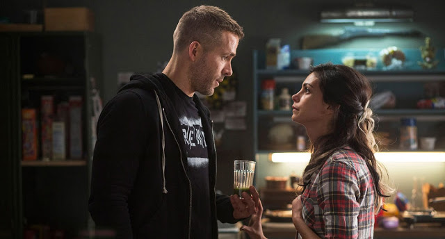 Ryan Reynolds Morena Baccarin deadpool still