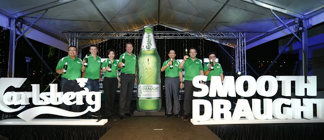 Carlsberg malaysia smooth draught beer launch management team group photo