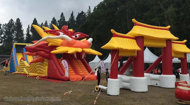 giant long dragon inflatable dragon run malaysia 2016