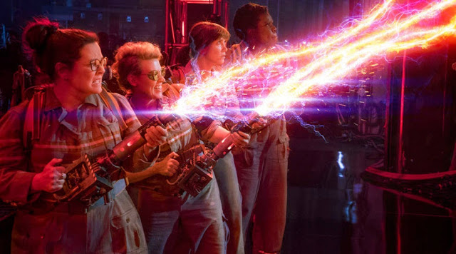ghostbusters 2016 movie still proton plasma