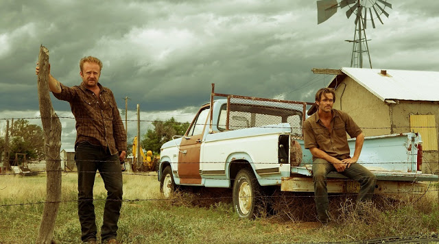 hell or high water still ben foster chris pines