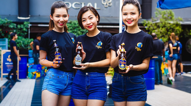 Tiger Beer girls Brand Ambassadors 3890Tigers