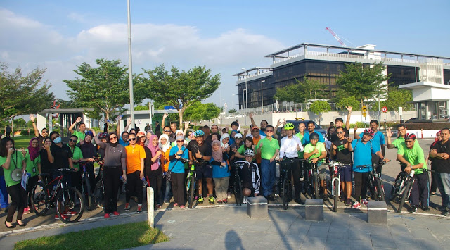 chill ride medini city cycling path central piazza